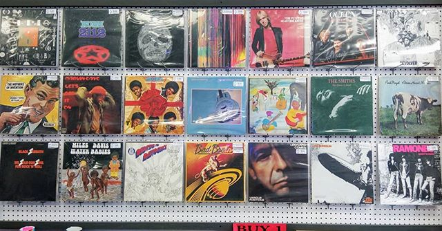 This week's #vintage #vinyl highlights! #blackduckentertainment #BurlON #HamOnt #recordstore