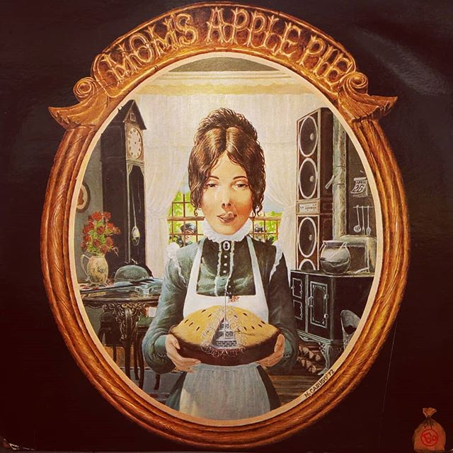 Mom's Apple Pie#vinylrecords #blackduckentertainment #BurlOn #HamOnt #recordshop