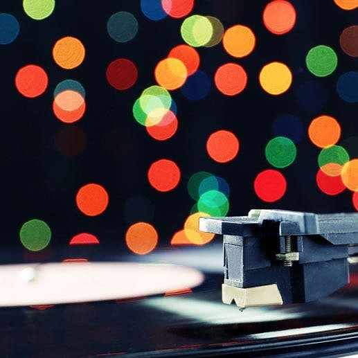 Only a few more shopping days to pick up some great vinyl for Christmas!Here are our holiday hours.Sun  Dec  22: 11- 5Mon Dec  23: 10 - 6Tue  Dec 24: 10 - 3Wed  Dec 25: ClosedWed Jan  1: ClosedThu  Jan  2: ClosedAll other days are regular hours.#vinyl #records #blackduckentertainment#BurlON #HamOnt #recordshop